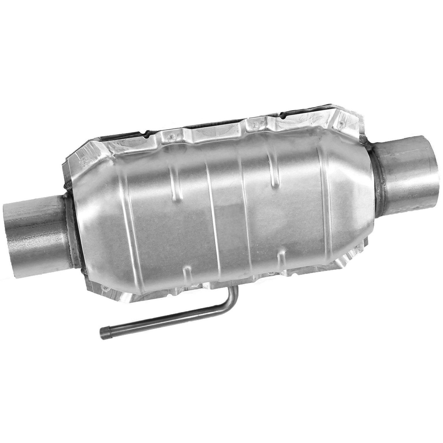 1992 GMC Yukon Catalytic Converter Na 8 Cyl 57l Walker 15043 Fits Fed Calif Emiss Models Not Legal For Sale In The State Of California: 2004 GMC Yukon Catalytic Converter At Woreks.co